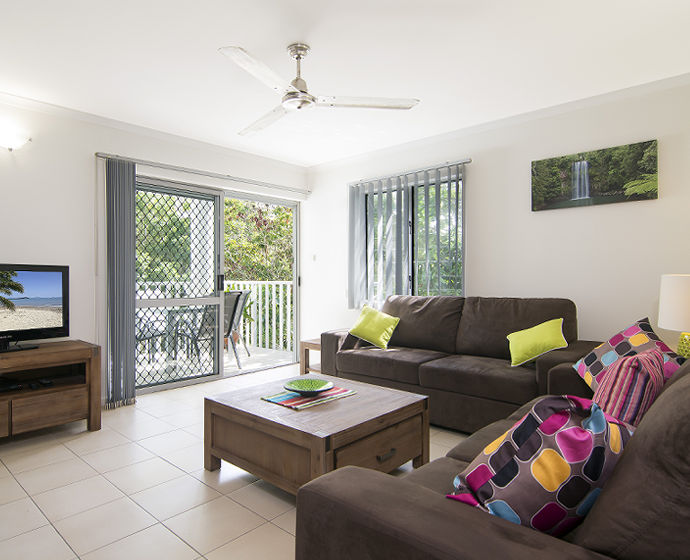 Port Douglas Outrigger Holiday Apartments Interior 1