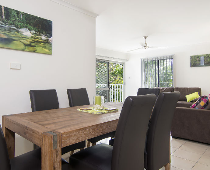 Port Douglas Outrigger Holiday Apartments Interior 2