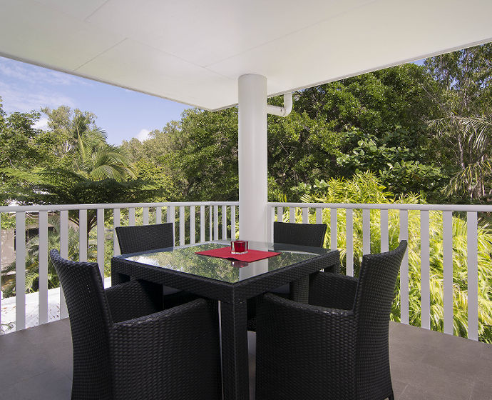 Port Douglas Outrigger Holiday Apartments Interior 4