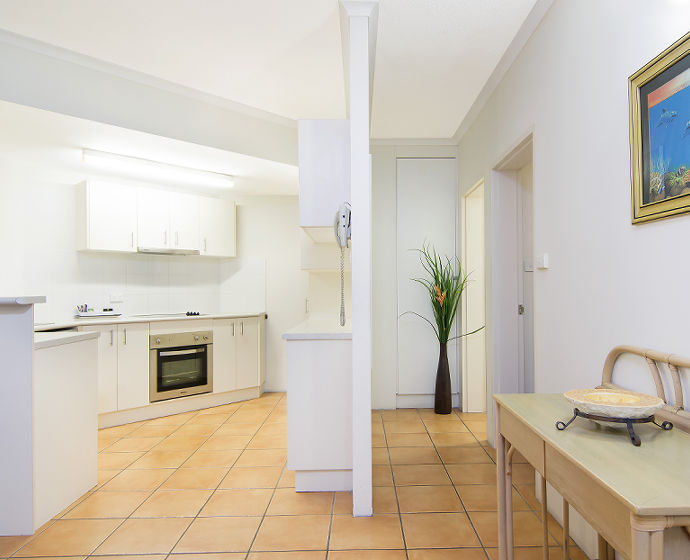 Port Douglas Outrigger Holiday Apartments Interior 9