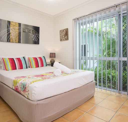 Port Douglas Outrigger Holiday Apartments Port Douglas Accommodation